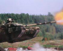 Открытие нового сезона танкового биатлона в Подмосковье посетили более 25 тысяч зрителей