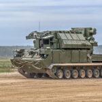 В Подмосковье расчеты ЗРК «Тор-М2» в ходе учения отразили воздушную атаку