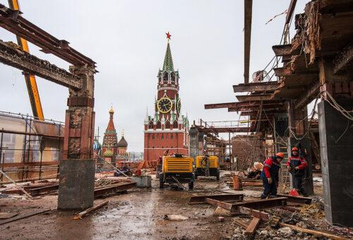 Почти 27 тыс. незаконных объектов демонтировали в Москве за 15 лет