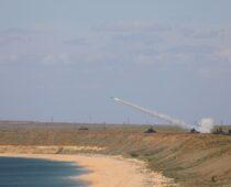 «Осы» Черноморского флота выполнили боевые стрельбы на учении в Крыму