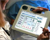 Московские поликлиники перейдут на электронные медицинские карты