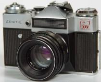 «Ростех» возобновит производство фотоаппаратов «Зенит»