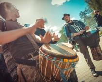 Уличные музыканты смогут выступать в парках Москвы с 15 апреля