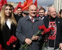 Монсон с Зюгановым посетили Мавзолей в день рождения Ленина
