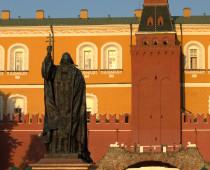 У храма Христа Спасителя в Москве установят памятники всем патриархам