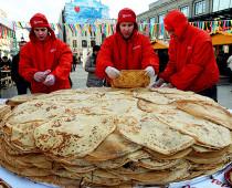 Гостей фестиваля «Московская Масленица» угостят блинами со всего мира