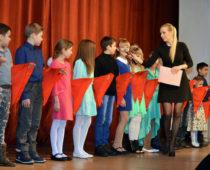 Около 12 тыс. детей ежегодно принимают в пионеры в Подмосковье