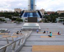 Бесплатные кинопоказы пройдут в открытом кинотеатре у «Москва-Сити»