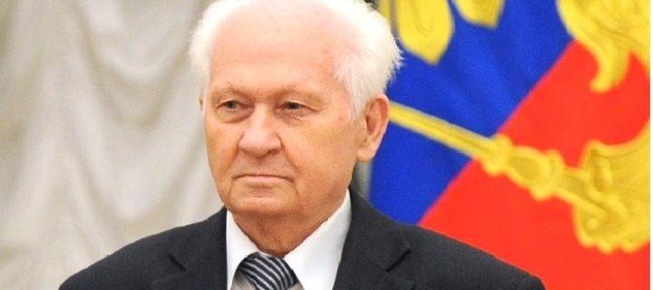 Научный руководитель концерна «Алмаз-Антей» Павел Камнев отмечает 80-летие