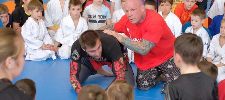 Джефф Монсон станет тренером подмосковной школы боевых искусств