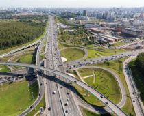 Около 30 км новых дорог построили в столице с начала года