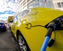 Зарядки для электромобилей в Подмосковье станут платными