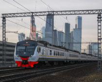 Пенсионеры Москвы и Подмосковья смогут бесплатно ездить в пригородных электричках