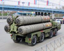 Военные приняли на вооружение новую дальнобойную зенитную ракету системы С-400 «Триумф»