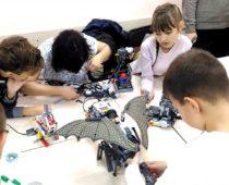 В Подмосковье откроют шесть центров молодежного инновационного творчества