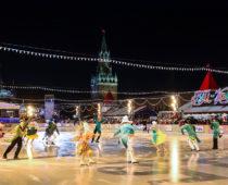 На Красной площади в Москве открылся главный каток страны
