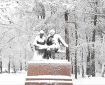 Самый сильный за 140 лет наблюдений снегопад прошел в Москве
