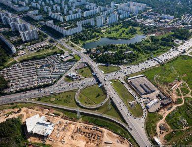 Реконструкцию пяти развязок на МКАД начнут в Москве к 2022 году