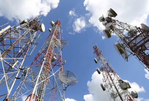 В Подмосковье с начала года установили 350 вышек сотовой связи