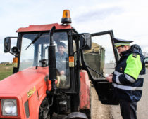 В Подмосковье начались сезонные проверки сельхозтехники