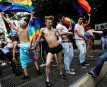 Власти Воронежской области проведут исследование 100 гомосексуалистов