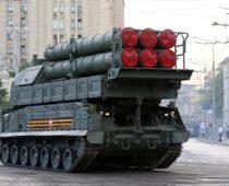 Расчеты ЗРК «Бук-М3» отразили воздушную атаку на учении в Астраханской области