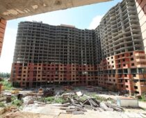 На достройку проблемных домов в Подмосковье потратят более 80 млрд рублей