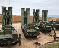 Расчеты систем ПВО С-400 отразили нападение условного противника в Крыму