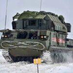 В Подмосковье прошли занятия по вождению ЗРК «Тор-М2» гвардейской танковой армии