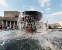 Московские фонтаны готовят к новому сезону